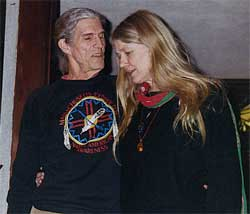 Manitonquat (Medicine Story) and his wife in New Hampshire at a storytelling retreat.